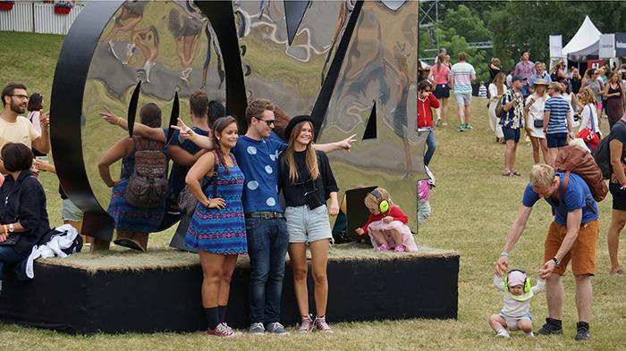 Oya Festival – Besucher vo Schuld