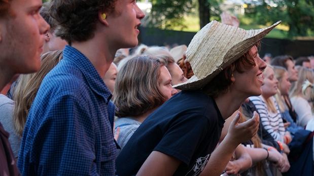 Oya Festival – Mann mit Hut